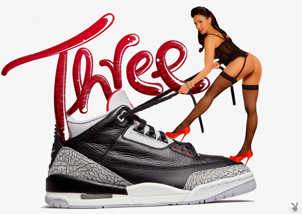 Креативная реклама кросовок от PLAYBOY