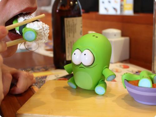 Милая Японская игрушка